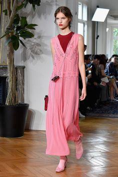 O Jardim das Delícias no verão 2017 da Valentino - Vogue | Desfiles