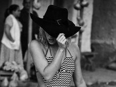 Videoclip Shakira – Addicted To You    Shakira incepe promo http://bloggie.drgss.com/videoclip-shakira-addicted-to-you