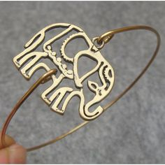 Lovely Elephant Bangle Bracelet.     I LOVE this! I like elephants in general, ah! I gotta get this. Tell me where to get this!!!!
