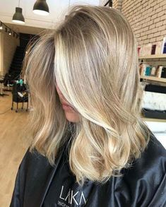 49 hottest hair color trends for 2019 new hair color ideas 48 – JANDAJOSS.ME 49 hottest hair color t Cool Blonde Hair, Beige Blonde Hair, Sandy Blonde Hair, Dark Blonde, Blonde Hair Dyes, Dirty Blonde Hair Ashy, Blonde Hair For Winter, Dying Hair Blonde, Blonde Short Hair