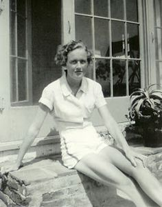 Julia Child, Two years after graduating from Smith College, 1936