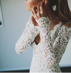 8 Great Tips For Picking The Perfect Wedding Dress. When little girls use their mathematics classes fantasizing of weddings, what do they dream of first? The perfect bridal gown, naturally: a dress in white Wedding Goals, Our Wedding, Dream Wedding, Wedding Hacks, Wedding Things, Wedding Shot, Wedding Season, Wedding Table, Wedding Events