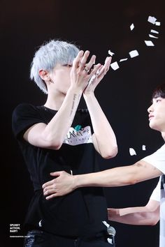 [HQ] 150613 THE EXO'LUXION IN TAIPEI #chansoo cr:SPUNKY ACTION, BABY! https://farm1.staticflickr.com/525/18174803504_e68b7d8c78_o.jpg …