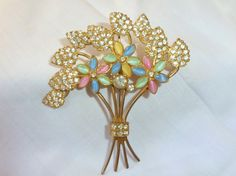 This is a Spellbinding Brilliant Gorgeous VINTAGE DIAMOND FAUXMOONSTONE RHINESTONE LARGE FLOWER BROOCH PIN ---STUNNING !!!!!! The color and detail