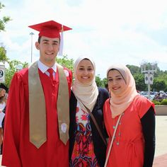 A multimedia exhibit featuring Muslim students as they pursue their passions or interests and exemplify Islam in their daily lives.