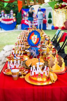 KNIGHT Party - Castle Party - Medieval Party - Knight - King Party - Royal Birthday Party - Dragon Party - DECORATIONS King Birthday, 7th Birthday, Birthday Ideas, Dragon Birthday Parties, Dragon Party, Castle Party, Medieval Party, Knight Party, Fairytale Party