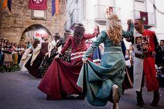 Medieval dance by Jose María Adrover Montemayor, via 500px