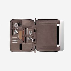 Mod Laptop 2 Case by This is Ground Hiking Bag, Dopp Kit, Best Laptops, Objet D'art, Leather Accessories, Travel Accessories, Leather Working, Leather Case, Cool Stuff