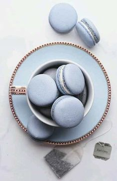 Image shared by ré❈. Find images and videos about macarons and tea on We Heart It - the app to get lost in what you love. Light Blue Aesthetic, Blue Aesthetic Pastel, Kreative Desserts, Bleu Pastel, Earl Gray, Aesthetic Food, Cute Food, Periwinkle, Cerulean