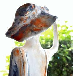 """""""Warum in die Ferne schweifen?"""" . . #topstuck #stuck #Linz #wohnen #farbberatung #farbkonzept #farbe #farbgestaltung #statue #skulptur Stuck, Statue, Linz, Sculptures, Colors, Homes, Sculpture"""