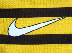 Celtic F.C. 3rd ' Wasp ' Shirt 2011-2012 Champions League , sponsored , short sleeved , player issue