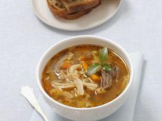 Kutteleintopf ist ein Rezept mit frischen Zutaten aus der Kategorie Fleisch. Probieren Sie dieses und weitere Rezepte von EAT SMARTER!