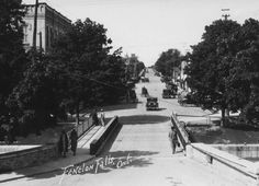 Historic photo of downtown Fenelon Falls.