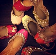 Needledust , mojri , jutti , red , orange , pink , gold , ghungroo , mehendi , wedding shoe , traditional , ethnic , stylish , embroidery , genuine leather , hand embroidered , hand crafted , double padded lining