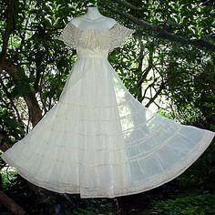 So pretty! Bohemian dress