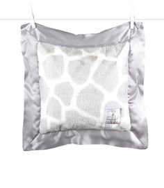 Luxe Giraffe Print™ Pillow