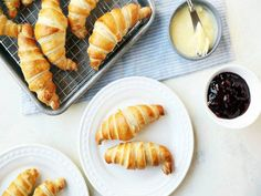 Traditional Buttery French Croissants for Lazy Bistro Breakfasts Recipe - Genius Kitchen Food Recipes Healthy, Food Recipes Homemade Brunch Recipes, Breakfast Recipes, Drink Recipes, Brunch Dishes, Bread Recipes, Pastry Recipes, Breakfast Ideas, Breakfast Club, Brunch Ideas