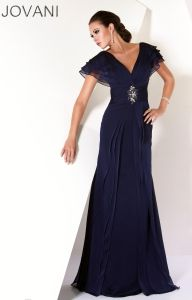 Evening Dresses, New arrivals, Thousands of choices. Evening gowns and Formal evening dresses you must have. Win a free Evening Dress or gown, and more giveaways every day. Mob Dresses, Dressy Dresses, Formal Evening Dresses, Evening Gowns, Bride Dresses, Evening Party, Party Dresses, Elegant Dresses, Mother Of The Bride Gown