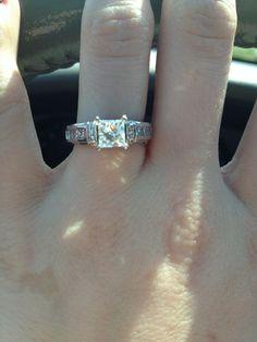 beautiful engagement rings ~ Jewellery