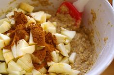 Cathlin cooks... but mostly bakes!: Apple Cinnamon Oatmeal Muffins