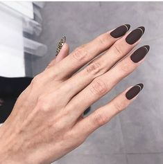 Sensational stilleto wedding nail art designs to look super gorgeous 00003 Get Nails, Matte Nails, Hair And Nails, Mandala Nails, Nail Tattoo, Nail Jewelry, Short Nails, Nail Arts, Manicure And Pedicure