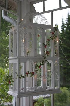 So Pretty ~ Bird Cage Design, Antique Bird Cages, The Caged Bird Sings, Decorative Bird Houses, Magnolia Plantation, All Birds, Porch Decorating, Decorating Ideas, Beautiful Birds