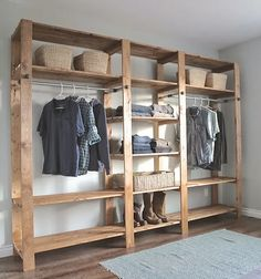 Oiii Meninas!!    Hoje eu vim falar um pouco sobre closets, vantagens xdesvantagens e Modelos.  Eu estou construindo uma casa nova e em breve vou m