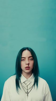 bad guy billie eilish wallpaper lockscreen for all phones blue - ImPane Billie Eilish, Wallpaper Azul, Iphone Wallpaper, Unique Wallpaper, Wallpaper Ideas, Video Interview, Videos Instagram, Album Cover, Cover Art