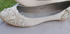 Ivory Flats With Handmade Trim | 42 Pairs Of Wedding Flats To Keep You Comfy & Cute On Your Big Day
