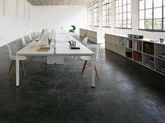 Workstation desk DIAMOND by Sinetica Industries design Hangar Design Group Boardroom Furniture, White Office Furniture, White Desk Office, Office Computer Desk, Office Desks, Bureau Design, Workspace Design, Area Comercial, Brick Room