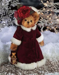 "Bearington Bears - Merry Melody, Merry Melody was the third in Bearington's series of limited edition holiday ornament bears. She plays ""We Wish you a Merry Christmas"". Retired 2005"