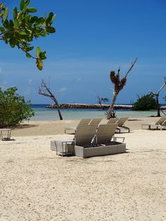 The beach / La playa :)  #beachThursday #RivieraMaya #resort