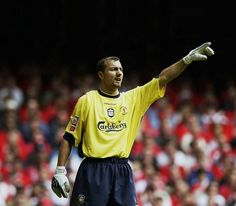 #OnThisDay 15 years ago Jerzy Dudek signed for #LFC.  The man who made the most famous save(s) in Liverpool's history.