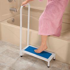 Non-Slip Bath Step with Handle | Bath steps, Bathroom accessories ...