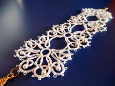 white tatted bracelet - Braccialetto realizzato a chiacchierino