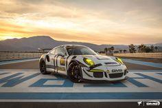 Nachdem Teil 1 von 10 coole Looks für den Porsche 991 GT3 RS so gut bei euch angekommen ist, habe ich mich entschlossen noch einen Teil 2 zu erstellen.  ... weiterlesen