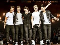 One direction pictures poster Grupo One Direction, One Direction 2014, One Direction Group, One Direction Background, One Direction Posters, One Direction Images, One Direction Concert, Members Of One Direction, One Direction Wallpaper