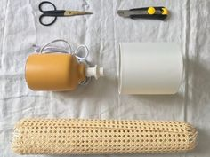 DIY lampe en cannage : comment la fabriquer - Joli Place Diy Lampe, Lampshades, Toilet Paper, Rattan, Diy Furniture, Diy And Crafts, Lights, Design, Restaurant