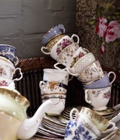 Lovely teacups.  Did I mention that I am a bit obsessed with tea sets?