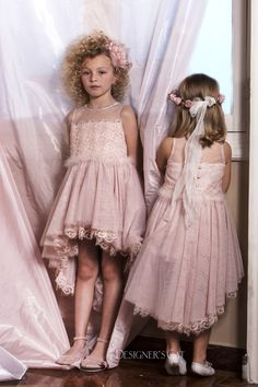 Elegant dress with amazing silk lace made of Lurex yarn. It is decorated with lovely marabou wings in the waist and Swarovski stones, design by Alexandra Plati. Baptism Outfit, Baptism Dress, Cat Store, First Communion Dresses, Lace Making, Shoe Collection, Flower Girl Dresses, Swarovski Stones, Gowns