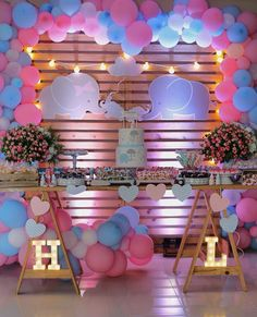37 New Ideas Baby Shower Ideas Safari Products Simple Gender Reveal, Gender Reveal Themes, Gender Reveal Party Decorations, Baby Gender Reveal Party, Gender Party, Twin Gender Reveal, Shower Bebe, Baby Girl Shower Themes, Elephant Baby Showers