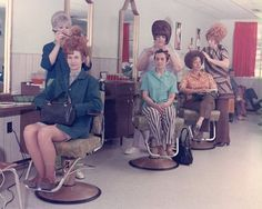 Women With Very Big Hair In the 1960s |