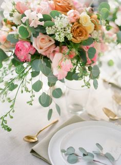 Wedding table settings that wow: http://www.stylemepretty.com/2015/11/19/wedding-table-settings-that-make-for-a-beautiful-reception/
