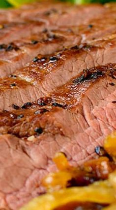 Steak and Potato Bowls are a healthy and hearty grilled gluten-free dinner recipe. Plus I'm sharing my favorite method for grilling juicy, tender steaks! Best Beef Recipes, Grilled Steak Recipes, Rib Recipes, Grilling Recipes, Cooking Recipes, Traeger Recipes, Grilled Meat, Recipies, Beef Dishes
