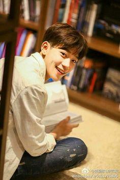 Jong Min, Li Hong Yi, Chinese Boy, My Prince, Kiss Me, Cute Love, Handsome Boys, Chanyeol, My Boys