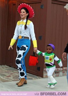 Great costumes!   Sandra Bullock ranks up there on my list for awesome celeb moms