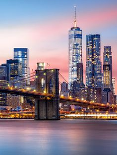Kick off your bachelorette party in the city that never sleeps. New York City is a nightlife hub and definite hot spot for dancing and dining.
