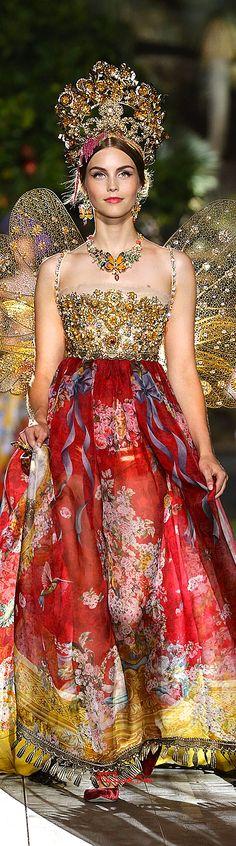 Très Haute Diva ♔ Dolce & Gabbana Alta Moda Fall/Winter 2015-16 #Portofino