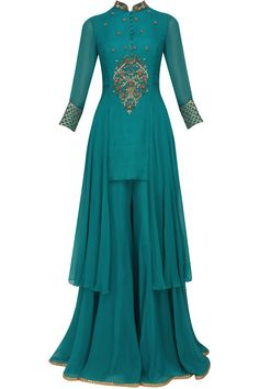 Sanna Mehan presents Teal floral dabka and sequins embroidered kurta and sharara pants set available only at Pernia's Pop Up Shop. Party Wear Dresses, Dressy Dresses, Stylish Dresses, Fashion Dresses, Long Dresses, Indian Designer Outfits, Indian Outfits, Designer Dresses, Indian Gowns Dresses