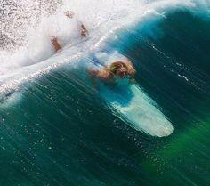 11.3K vind-ik-leuks, 105 reacties - Surf, Travel & Inspiration (@bigfootwaves) op Instagram: 'That incredible moment when you escape after a powerful set!!! #HermosaBeach - #California .…'